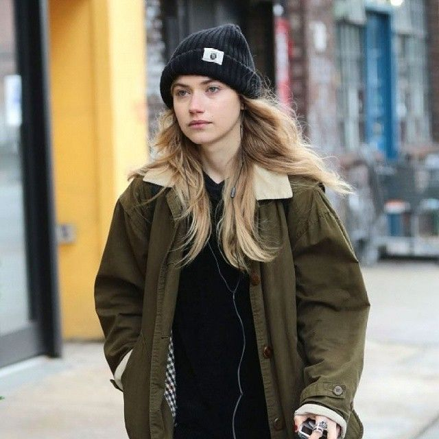 #imogenpoots out in #NYC 2015 !!