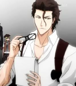 Handsome Aizen looks dashing and competent in his reporter's garb.  What beautiful eyes.