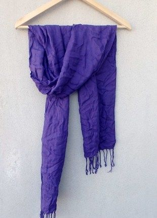 Kup mój przedmiot na #vintedpl http://www.vinted.pl/akcesoria/inne-akcesoria/10549829-fioletowy-szalik-chusta