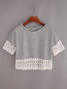 Camiseta ribete de encaje rayas crop -negro blanco