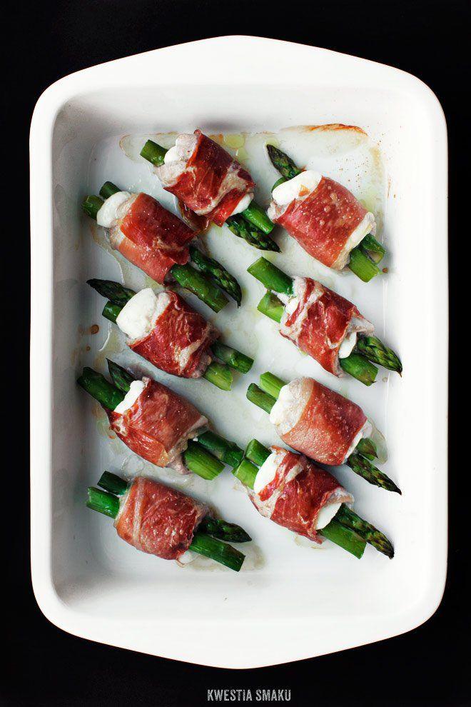 Roladki z polędwiczek wieprzowych ze szparagami i serem