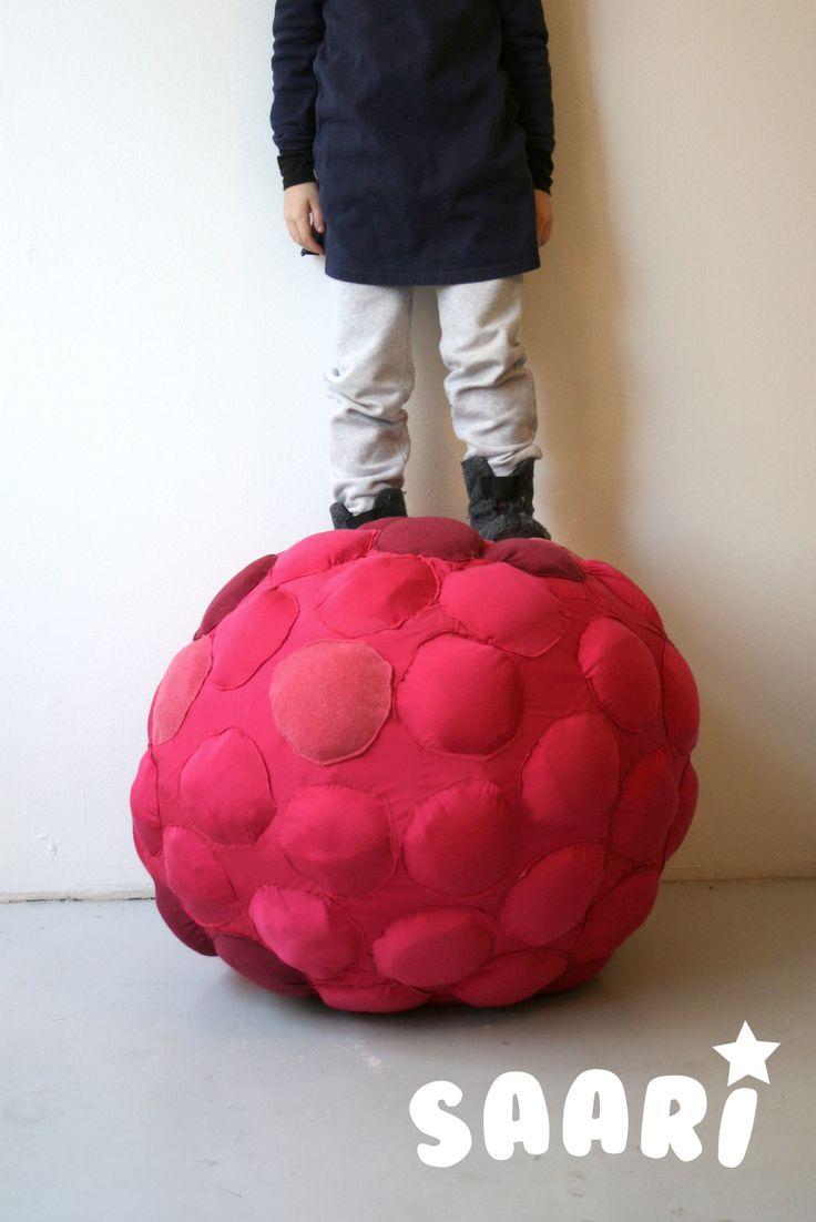 Saari_Raspberry. Kids furniture. Designed by Veronica Lassenius , handmade by Soffan verhoomo.