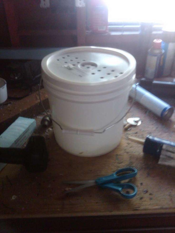 DIY compost bucket for kitchen
