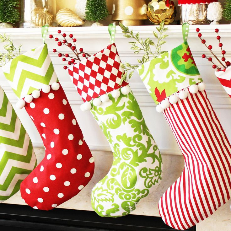 Classic Cuffed Christmas Stockings tutorial and free printable pattern