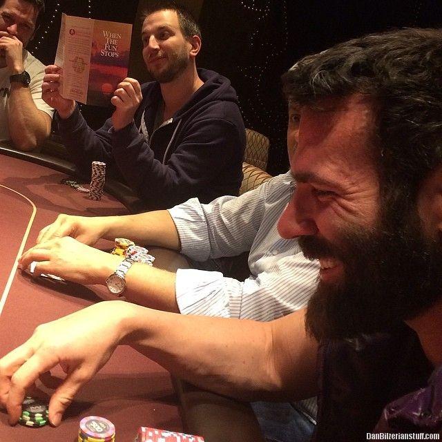 Guess Who Is Winning And Who Is Losing Dan Bilzerian Stuff - Look life dan bilzerian one successful poker players ever