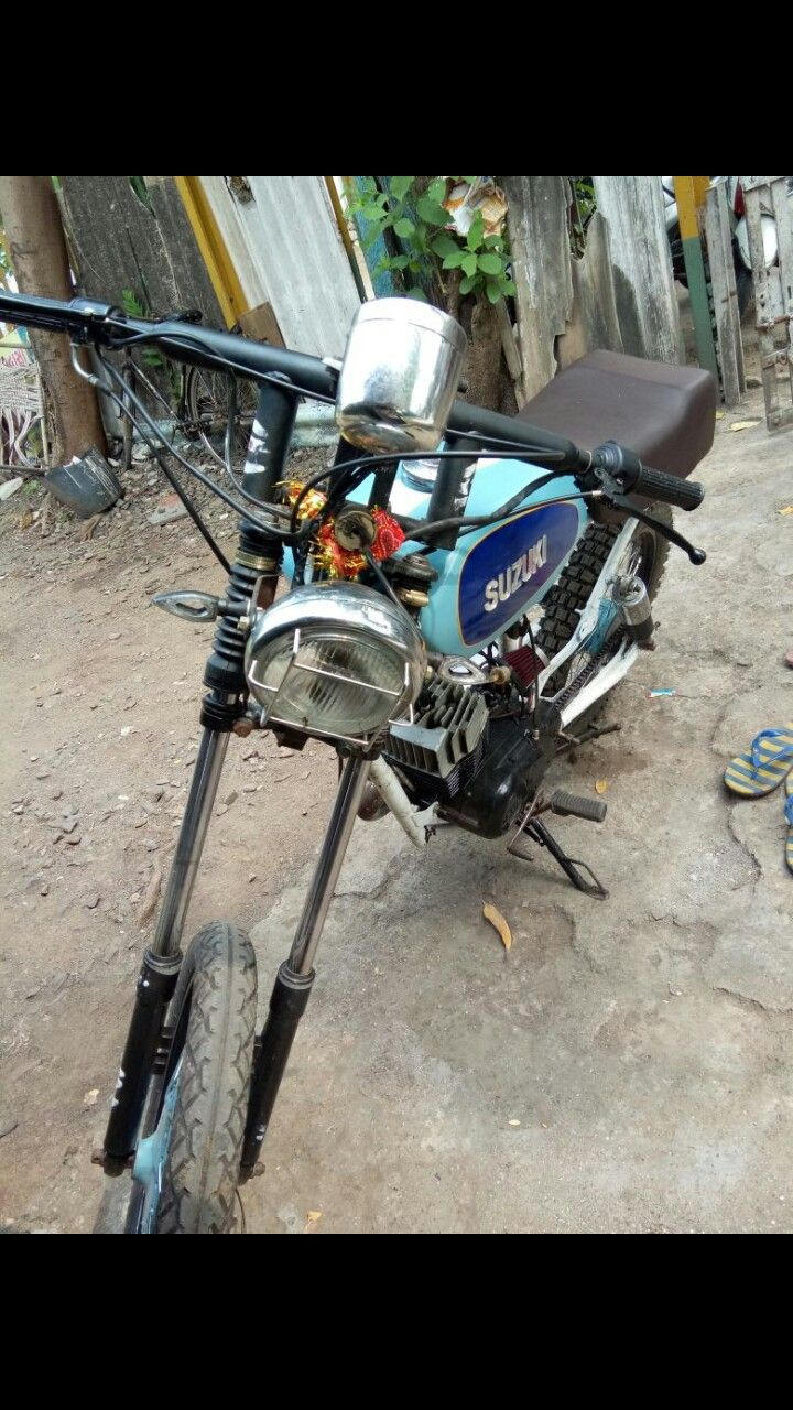Suzuki Max 100 My first modified motorcycle.... More details call to +917874086219
