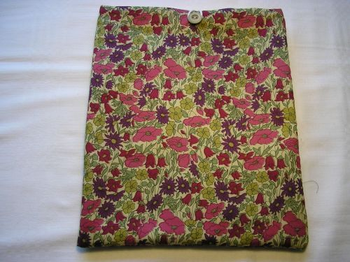 "i-pad cover/sleeve in Liberty ""Poppy Daisy"" Tana Lawn Purple & Pink."