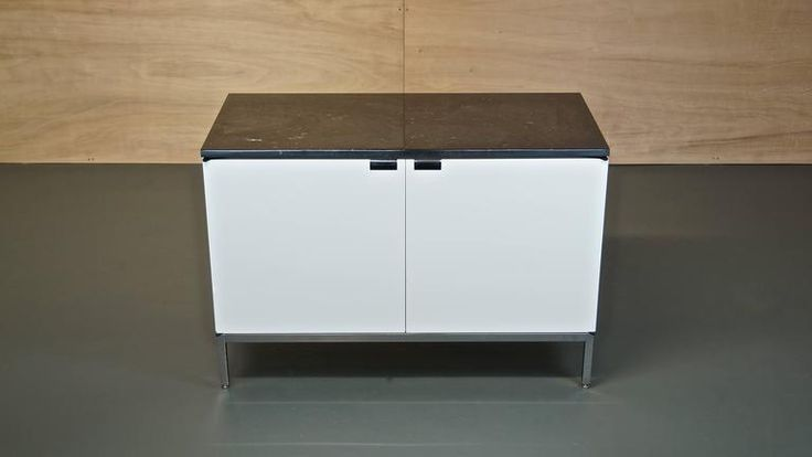 Florence Knoll Sideboard Credenza 95 White Gloss with Black Marble Top