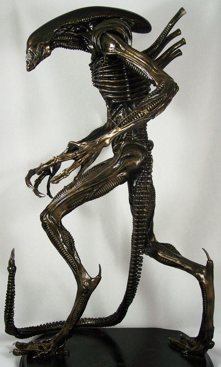 Metal Statues | Why is Scrap Metal Art gaining immense popularity?