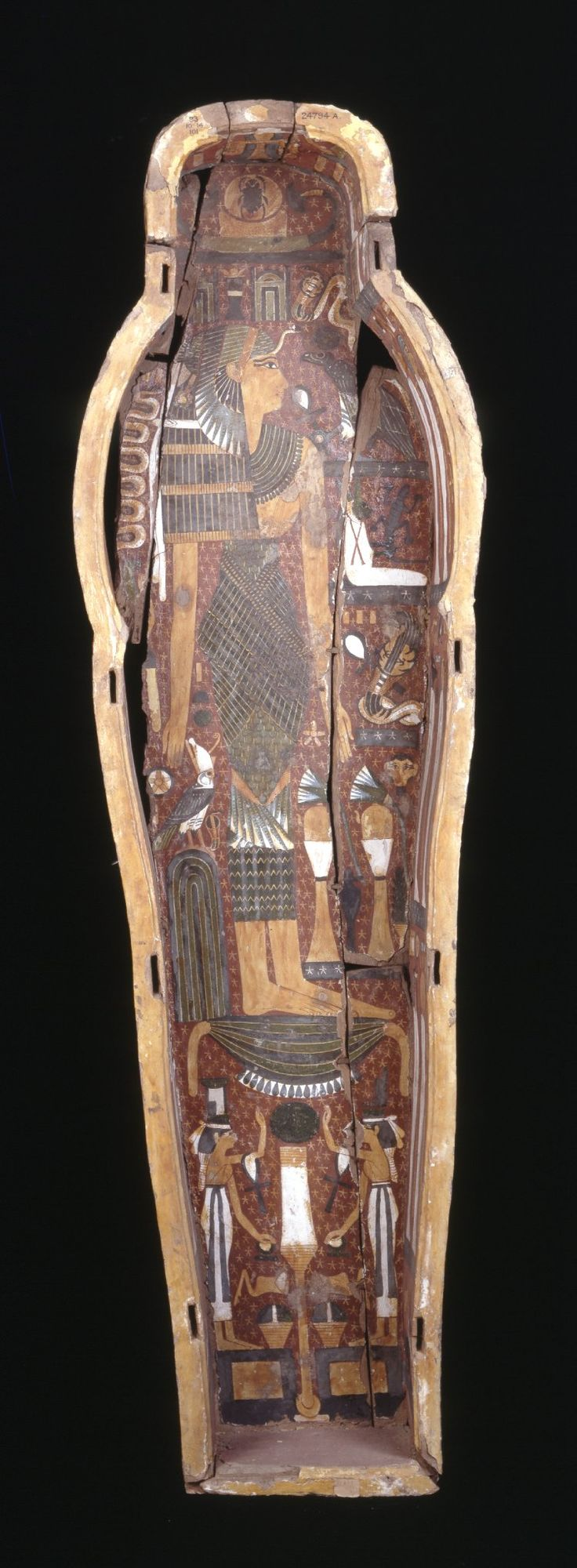 carbon dating egyptian mummies Radiocarbon dating of the mummies' hair confirmed these two sets of  ancient  tattoos have been found on egyptian mummies from about.