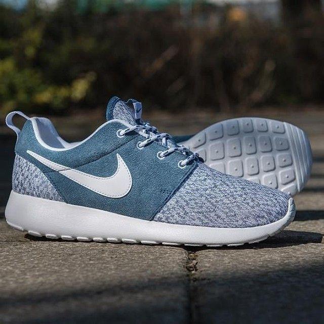 Nike Roshe Run Navy White