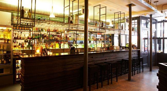 Portal Restaurant and Bar   88 St John Street   London   T +44 (0)20 7253 6950