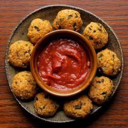 Chile Relleno Quinoa Bites | Petite Kitchenesse