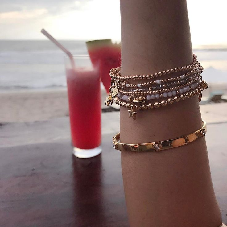 Cheers to sunset evenings and glamorous gold jewellery.