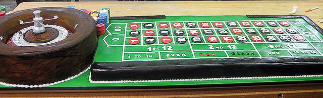 Cake Boss - Roulette Cake... ROXIE..for GIO~~~