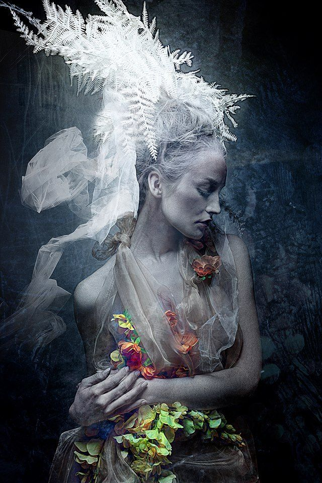 Photographer: Stefan Gesell PEACEMAKER, Model KC, Styling R.Gesell