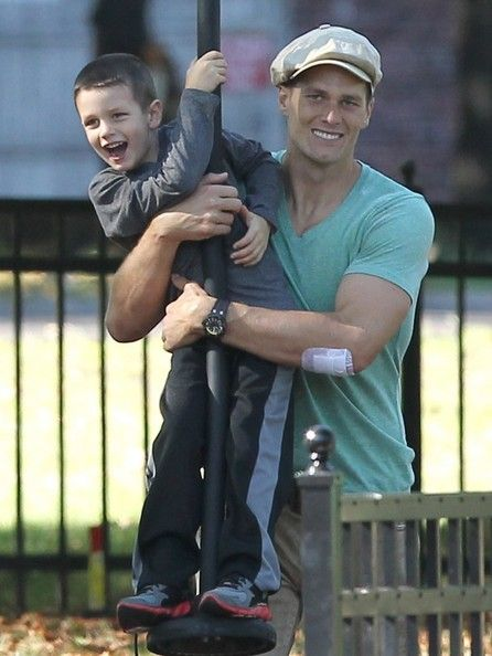 John Edward Thomas Moynahan Tom Brady enjoys family time with his boys and their dog Lua at the park in Boston, Massachusetts on September 1...