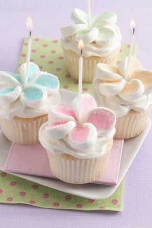 how to make marshmallow frosting with mini marshmallows