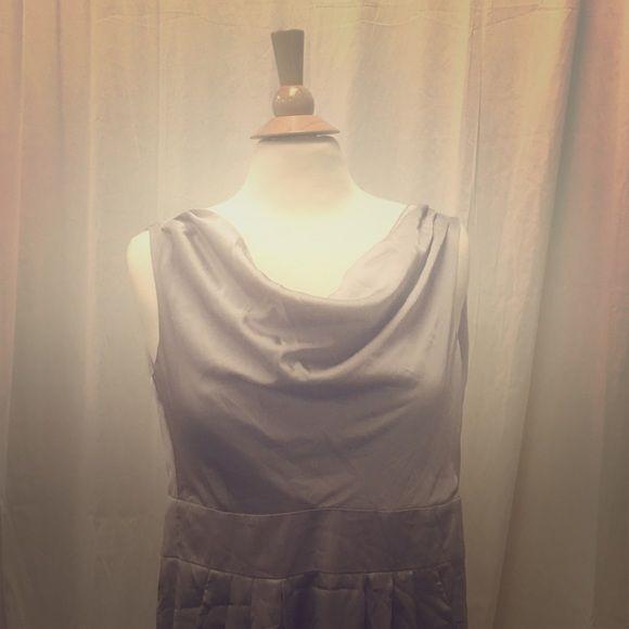 H&M silver/gray dress Beautiful dress only worn once! H&M Dresses Midi