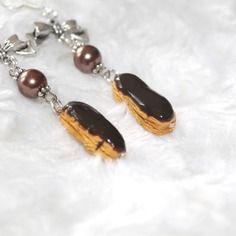 Boucles d'oreille argentées éclaire au chocolat en fimo