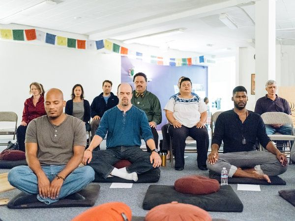 Ask Well: The Health Benefits of Meditation - NYTimes.com