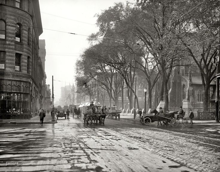 """Circa 1916. """"St. Catherine Street, Montreal, Quebec."""" 8x10 inch dry plate glass negative, Detroit Publishing Company."""
