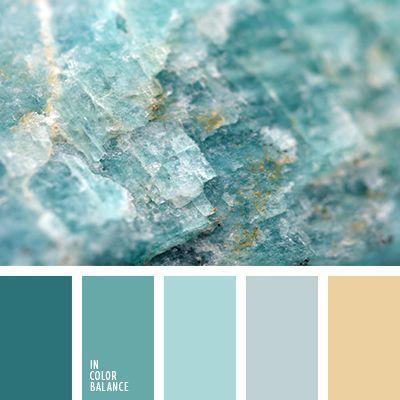 El turquesa oscuro le da un toque más vivo a esa combinación de colores verde grisáceo, gris azulado y beige polvoriento. Tal esquema de color es una acertada opción para cuartos de baño al estilo clásico. Creará un ambiente muy especial en la habitación.