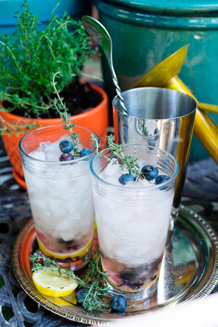 Creating cocktails is easy thanks to the herbs in your garden that you're growing! Learn how to make our twist on the classic mojito with berries.