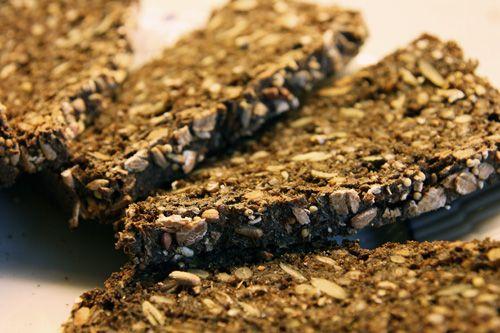 Opskrift+på+Mørkt+Rugbrød+med+Kerner