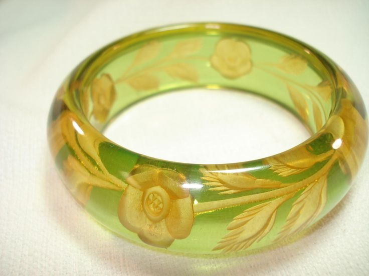 Vintage Bakelite Jewelry