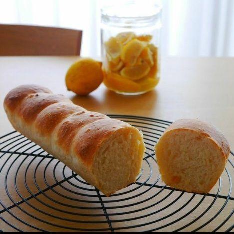 こねずにふるだけ*ビニール袋でホシノ酵母の塩レモン食パン