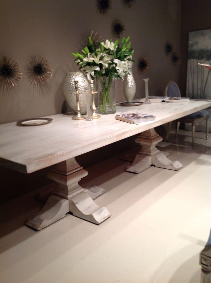 Mesa cool de madera blanca patinada