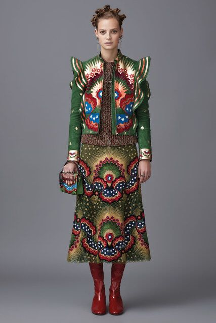 7/25/16 This looks fascinated me because it combined text out from another culture as well as their silhouettes in knitwear. Valentino, Look #17