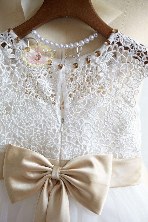 Cap Sleeves Lace Tulle Flower Girl Dress Junior by MonbebeLagos