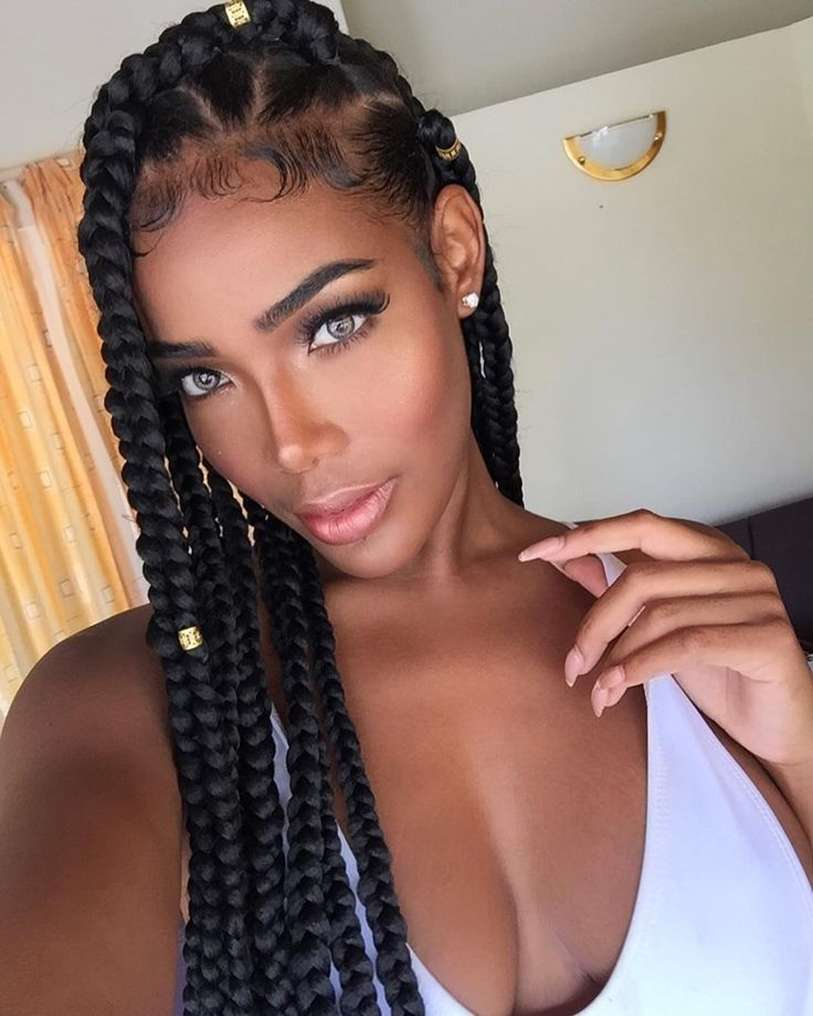 A gorgeous chunky box braid hairstyle