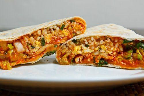 Korean Spicy BBQ Chicken Burrito: Asian Recipes, Spicy Bbq, Chicken Dishes, Bbq Chicken, Eggs Burritos, Korean Spicy, Chicken Burritos, Burritos Recipes, Breakfast Burritos