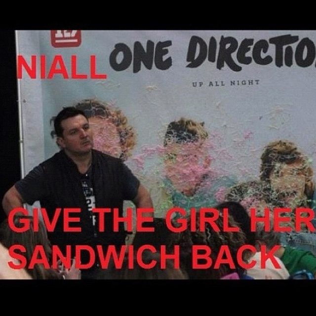 HAHAHAHA YOU TELL HIM PAUL niall horan, nialler, sandwich, one direction, 1D, Paul