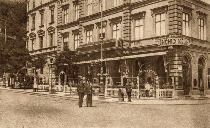 Café Chain Bridge (Lánchíd Kávézó), 1910, Budapest