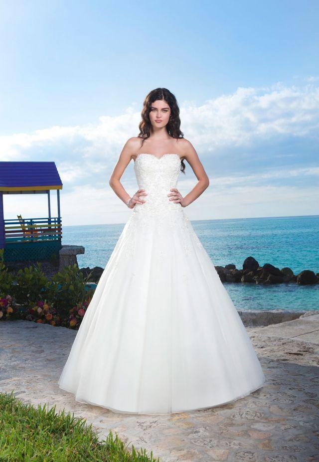Sincerity Available to order at Bridal Manor Pretoria  www.bridalmanor.co.za