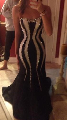 Pageant Resale :: Black and White Night Moves