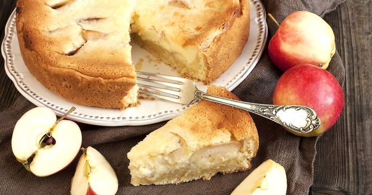 This baked golden cake filled with warm apple, sour cream and cinnamon is delicious and super simple to make.