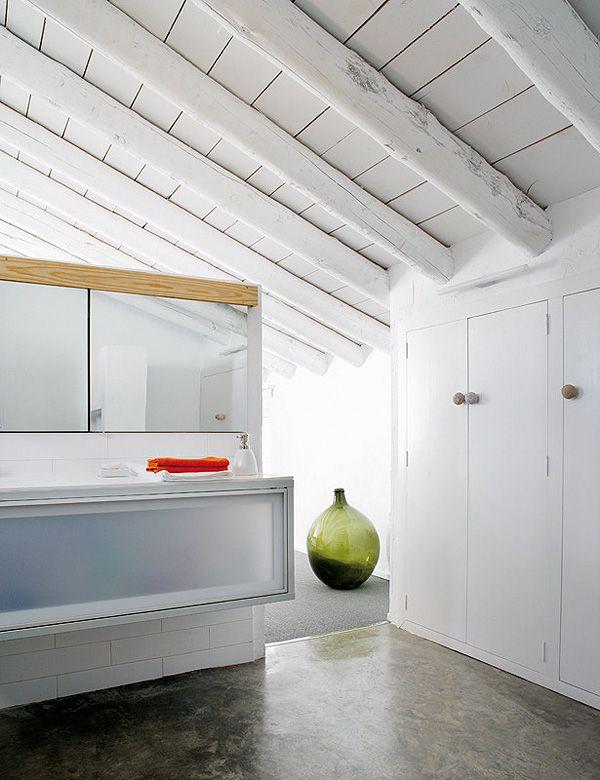 25 beste idee n over balken plafonds op pinterest houten plafondbalken balkenplafond en - Houten balkenplafond ...