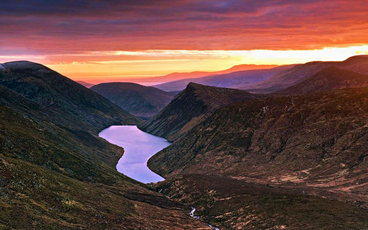 Ireland offers hikes that will suit anyone. Here is 10 of the very best...