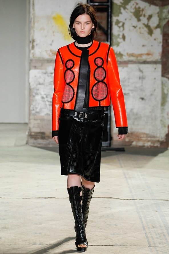 "3. BOMB IT  (Proenza Schouler, Chanel,...)  ""The bomber jacket is back with a few modern twists: curved around the shoulders with added volume or cropped for a short and chic effect. Try a leather/faux leather version of this trend."""