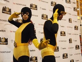 marvel_girl_and_cyclops___nola_comiccon_by_cheekercosplay-d5t95ie.jpg (267×200)