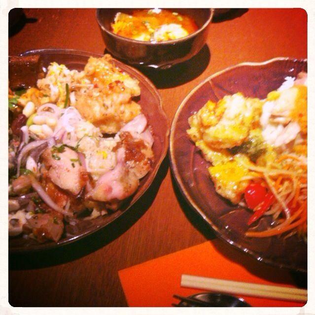 北陸の取引先の方と大阪でランチ。 スパイシーな料理が好きみたいなんで、タイ料理のビュッフェに行く。  うまい❗️ パクチーも好きやわ  まぁ〜ほんまおっちゃん二人、食べ過ぎや☺️ - 57件のもぐもぐ - タイ料理ランチビュッフェ@淀屋橋 by Fumi
