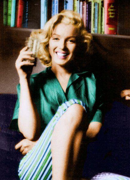 1953 Schenck House 2 - Marilyn par Milton - Divine Marilyn Monroe
