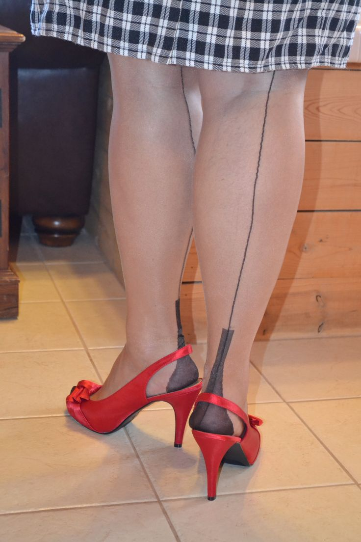 image Cuban heels make for passionate feet