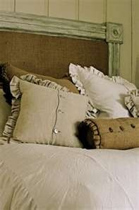 Burlap pillows and antique lace.Lace Pillows, Burlap Headboards, Dress Shirts, Sewing Projects, Burlap Pillows, Dresses Shirts, Diy Burlap Headboard, Crafting Sewing Diy, Lace Bedrooms