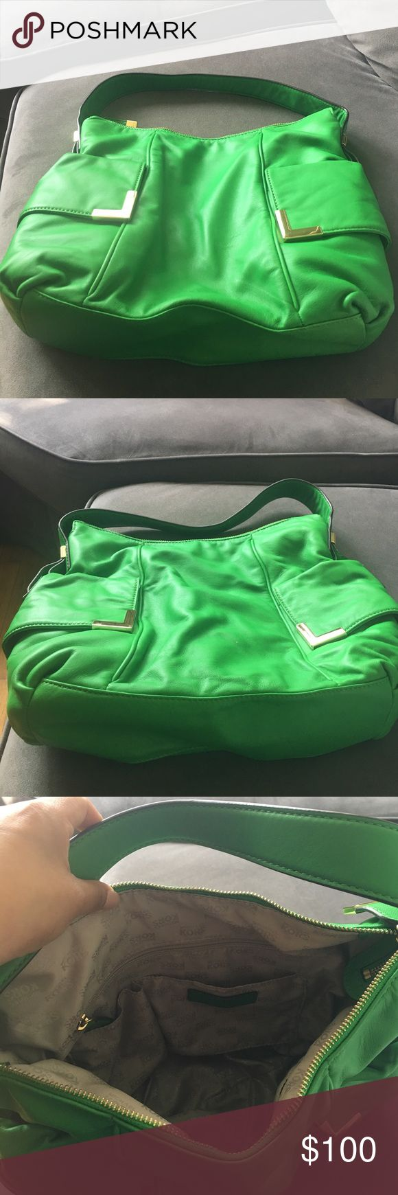 Michael Kors green shoulder bag like new. Michael Kors green shoulder bag like new. Perfect for the summer, to scratches or stains, used 3 times. Michael Kors Bags Shoulder Bags